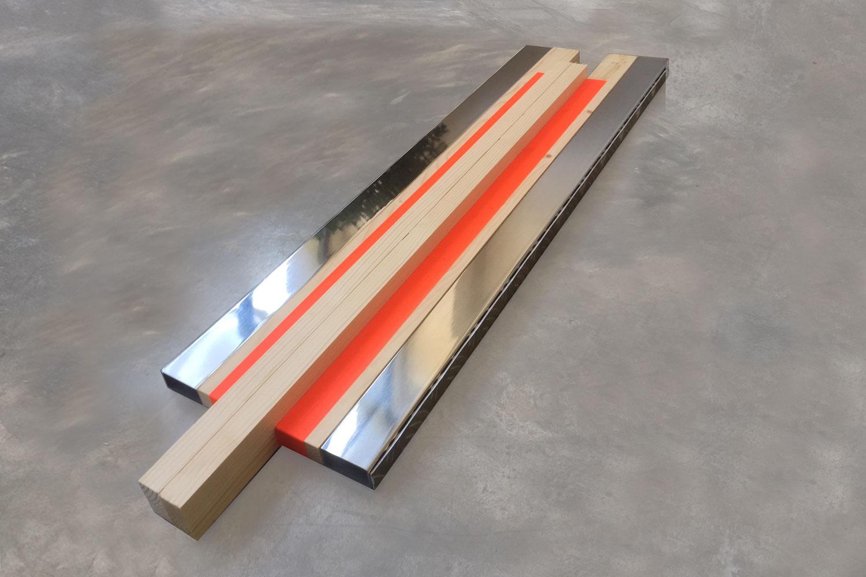 Sculpture / 70 X 20 X 5 cm - inox - tape - wood -