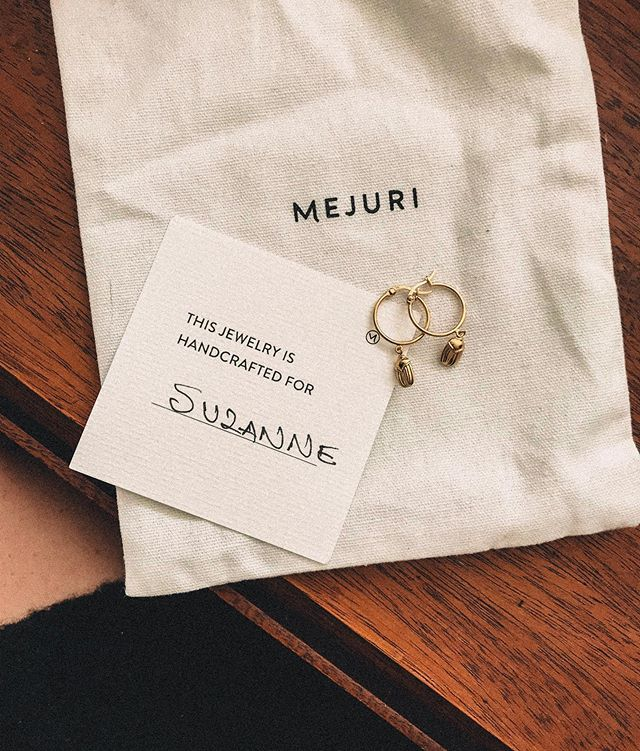 so excited to wear these new menagerie collection cuties! ✨ @mejuri #mejuri