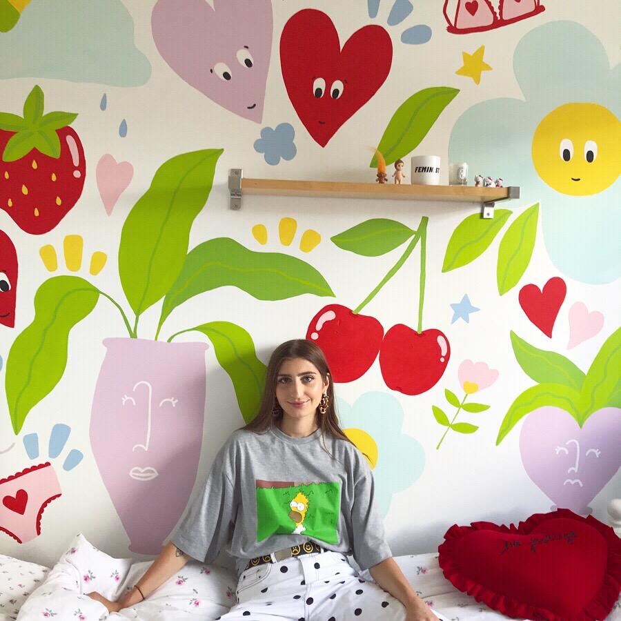 Poppy in her GLORIOUS bedroom