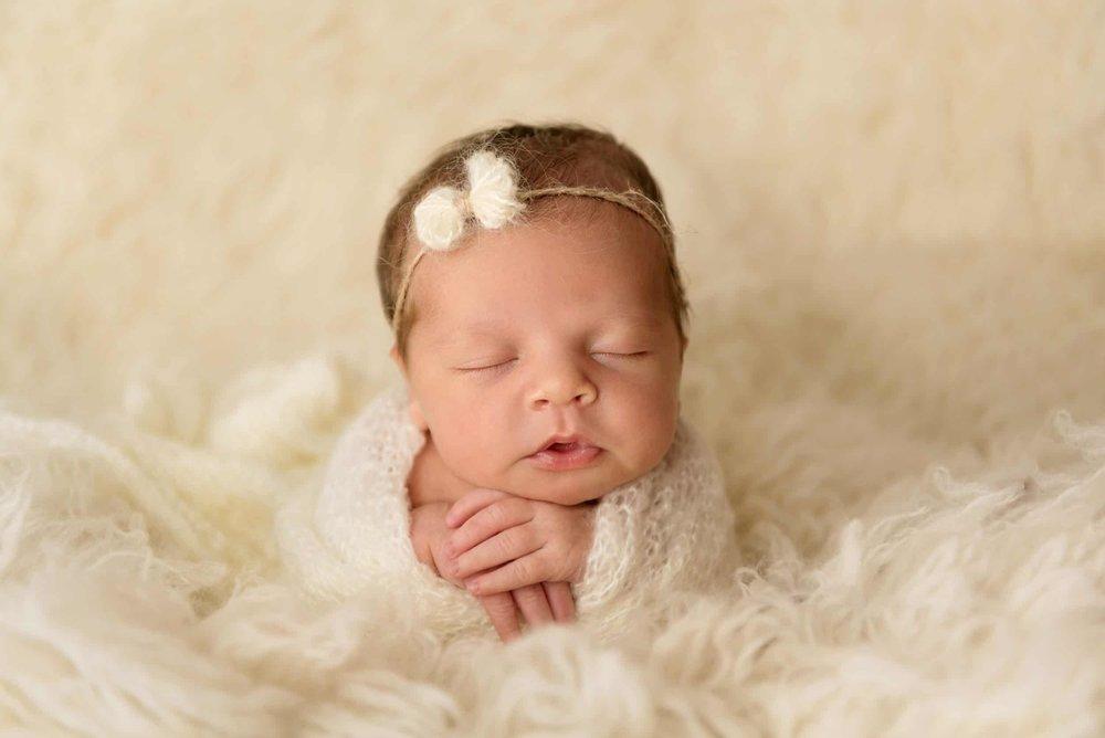 newborn photography in Pittsburgh