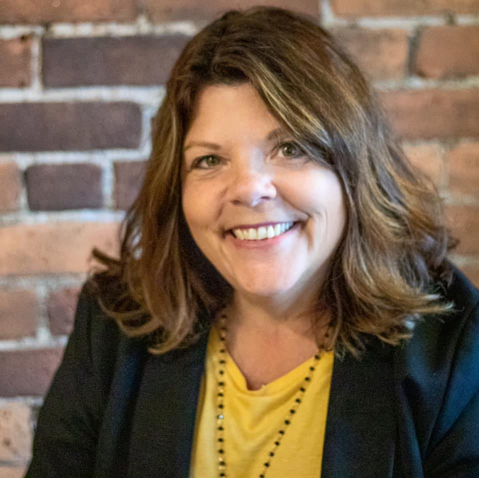 PAM DRZEWIECKI   Pam is the owner and founder of Powerful Purpose, LLC, a business and life coaching practice helping professional women be more, do more, and make more. After 28 years in the insurance industry, Pam found the value of living a life on purpose and started her own business in 2015. Pam has coached women from the United States to Canada to Brazil – focusing on time management, goal achievement, and work life balance. The work she does has changed their lives, business, and careers. Pam is a woman of faith, speaker, author, radio show host, wife, and mom.  She is also the creator of the Take Back MY Life system. She feels she is living her best life now because she uses the skills she can teach to others. Feeling blessed and energized, she loves giving back as a member of a non-profit Development Marketing Committee, membership ambassador for the Central CT Chamber of Commerce, Home and School Association board member, & with the core team of her parish's Youth Ministry group.