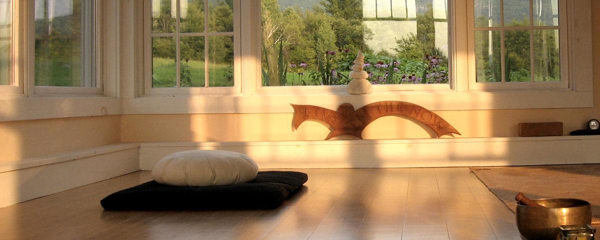 Green-Yoga-Studio-Banner-web.jpg