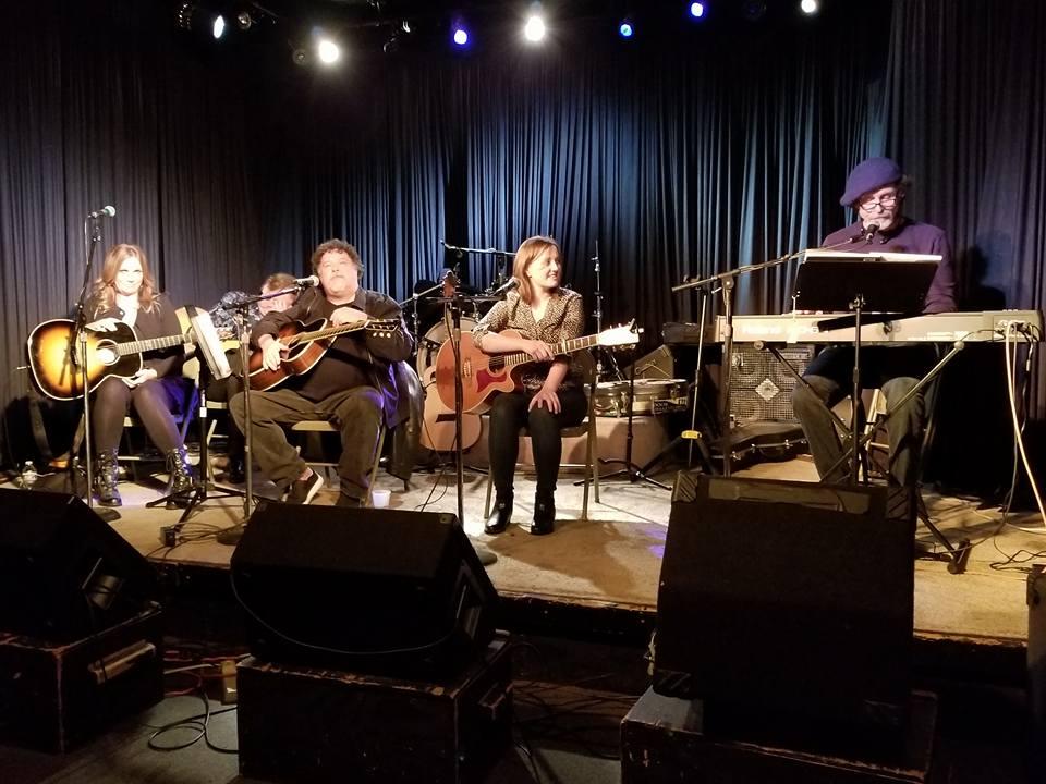 Melody Guy/Bill Lloyd/Jon Vezner, Nashville Sings Newman