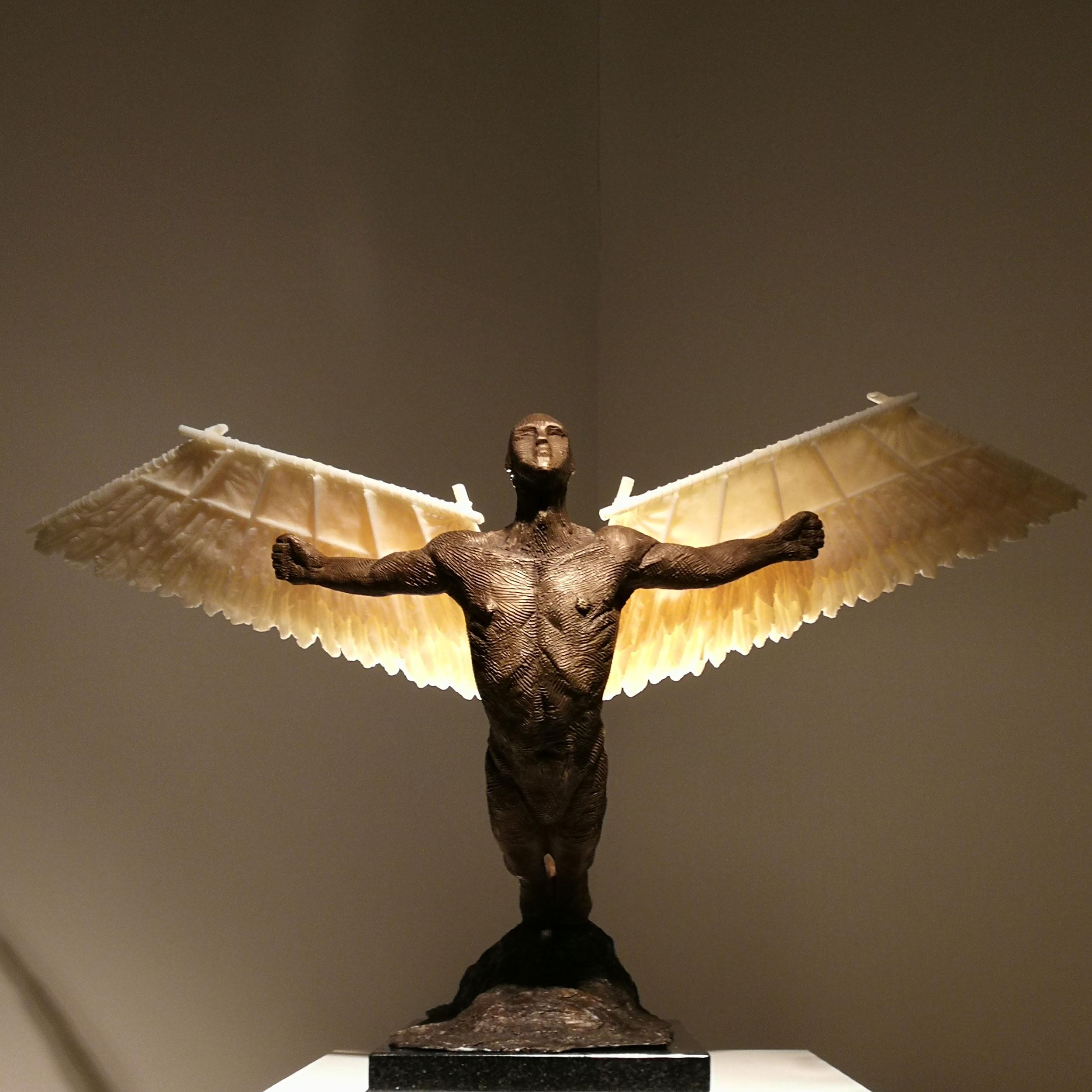 Icarus_222906.jpg
