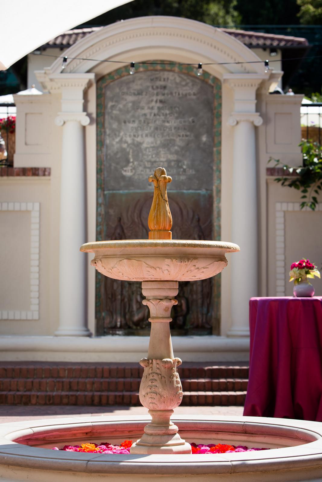 zac-fountain2.jpg