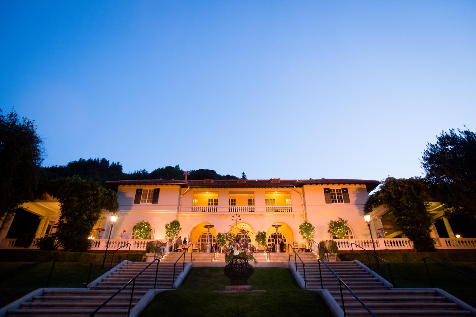 zac-mansion-night.JPG