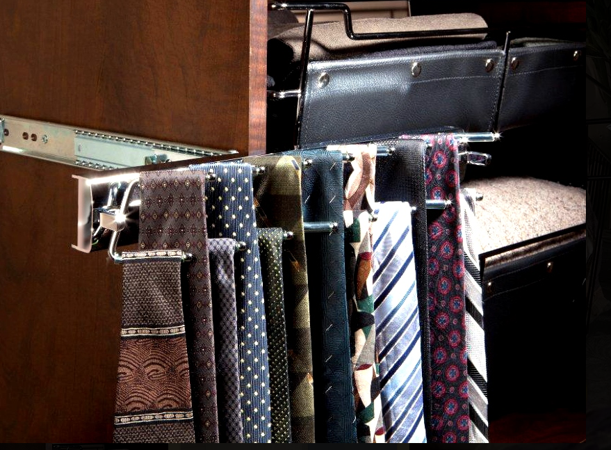Swivel Tie Rack