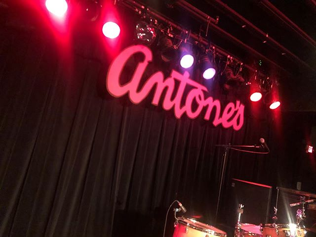 Playing at Antone's tonight with Josh Williams on bass and Alec Stivers on drums! 10pm start! Don't miss it! . . . . . . . #gibson #gibsonguitars #gibsonguitar #tone #antones #antonesnightclub #guitar #livemusic #gibsones330 #es330  #musicians #musicianslife #austin #austintx #austintexas #professionalmusician #gig  #texas #blues #bluesmusic #gearporn #vizztone #bradstivers #guitarplayer #alecstivers #joshwilliams @josheyeofthebeholder @alecstivers
