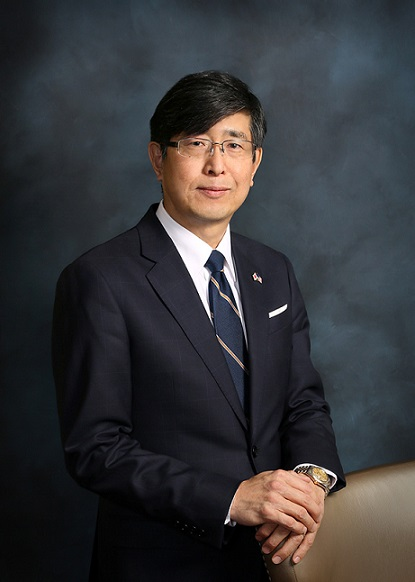 Akira_Chiba,_Consul_General,_Consul_General_of_Japan_-_HS.jpg