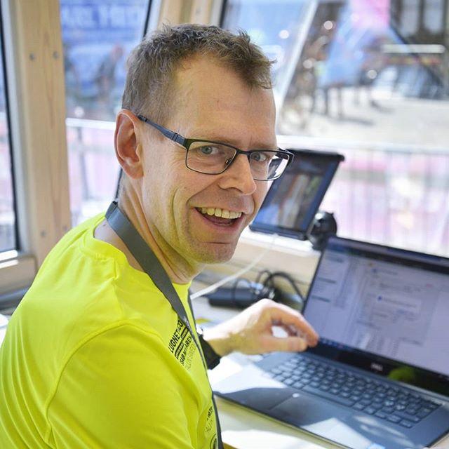 Idag presenterar vi Anders S och Robert som är mål och tidtagningsansvariga. De var dom plus Anders Karlsson som slet med tidtagarsystemet och knappt sov natten till lördagen för att det skulle bli korrekta tider. 🏁⏳ Anders S är även tränare för de näst äldsta ungdomar medans Robert är IT-ansvarig för Borlänge ck. . #borlängeck #borlängetour #mtbsweden #instadalarna #mittborlänge #dtläsarbild #dalabilden #visitdalarna #trevligtfolk