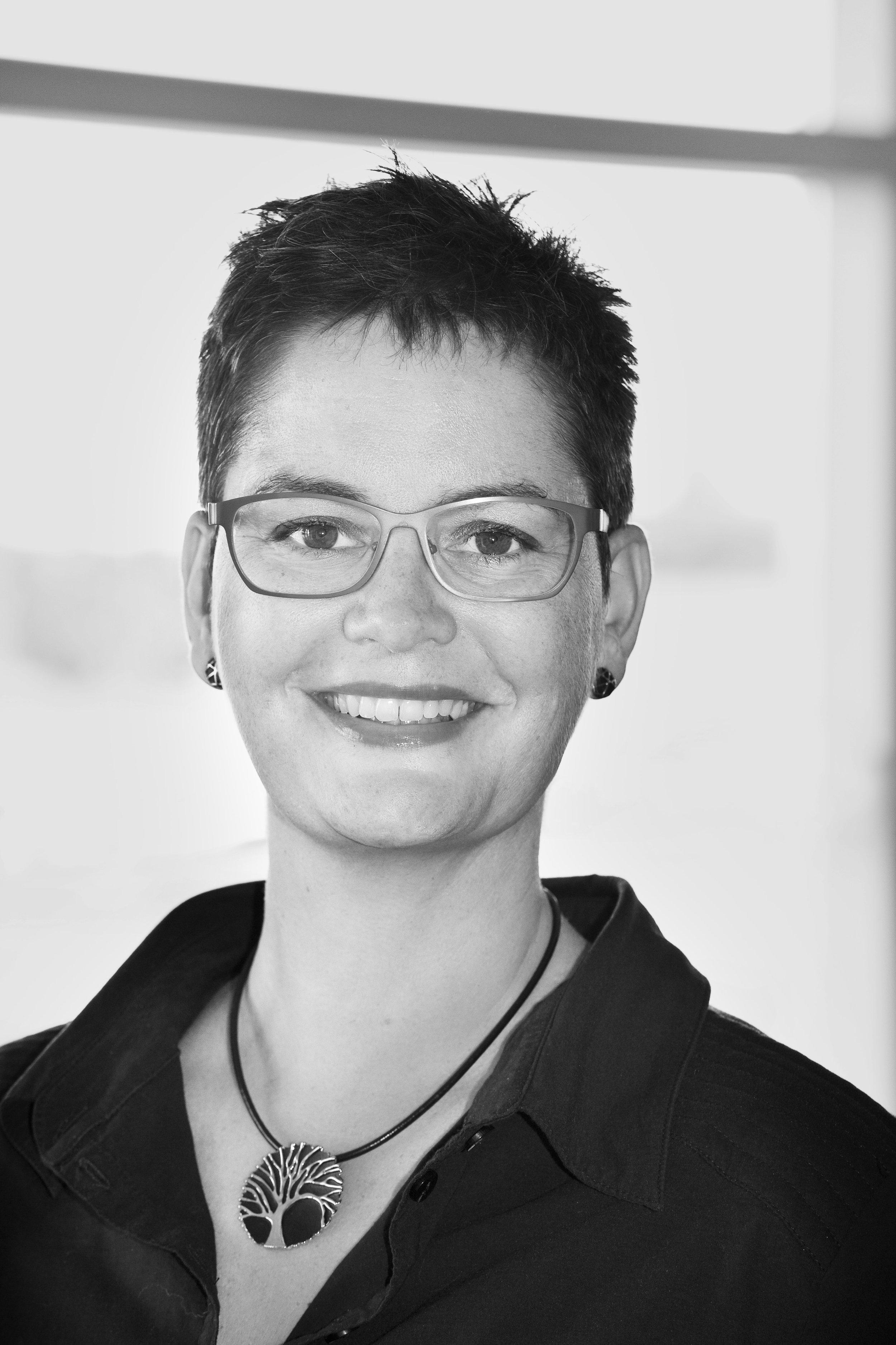 Sara Fevre Kindberg, Specialist Midwife, MHSc, PhD  Co-founder   Info@hegenbergerspeculum.com