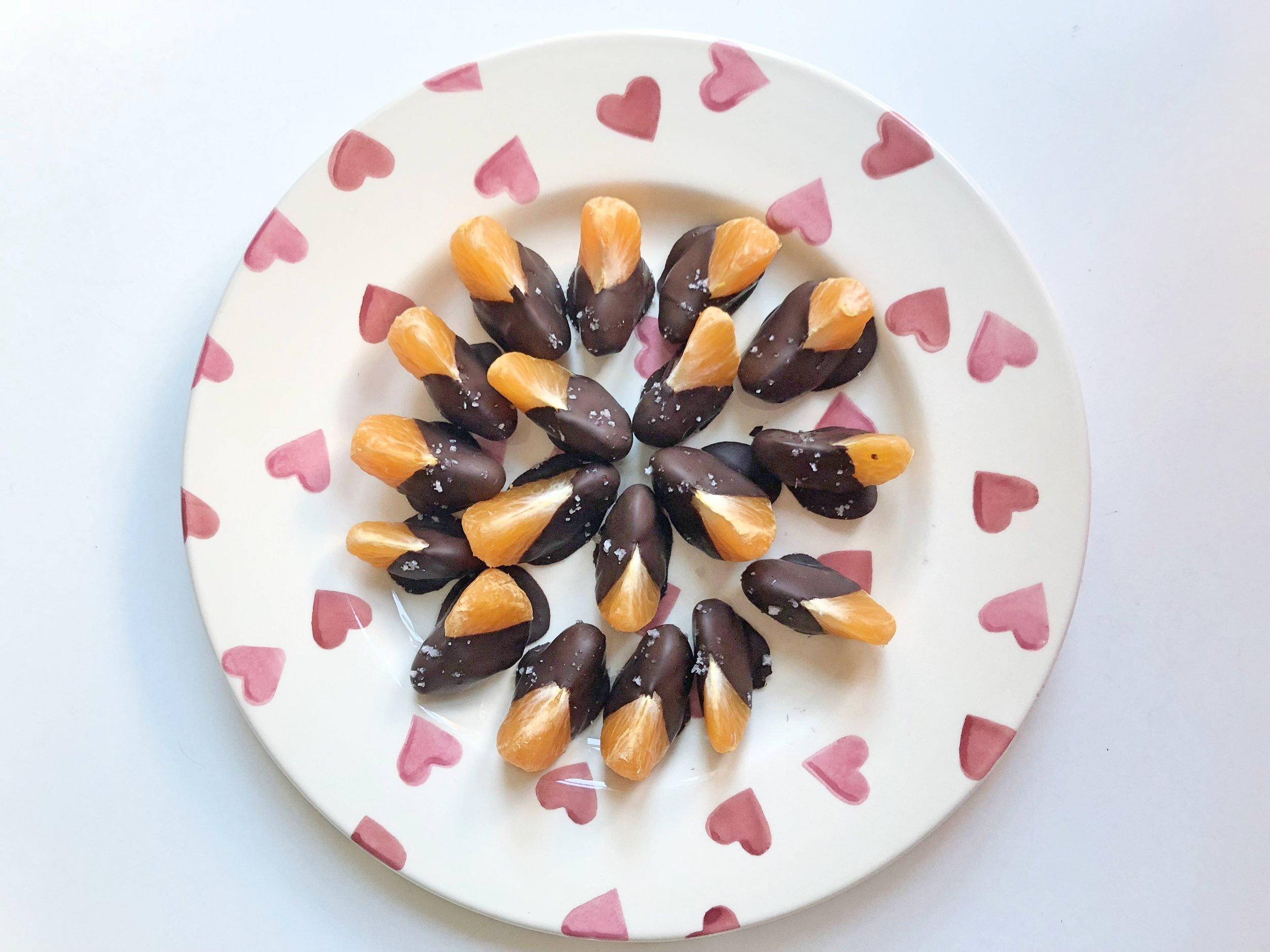 Chocolate-dipped-satsumas-1.jpg