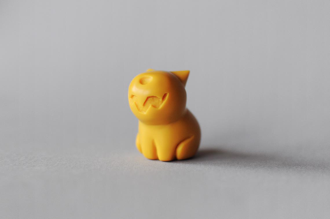 dog_yellow_wide.jpg
