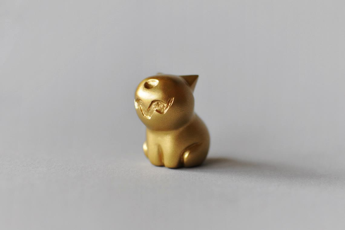 dog_gold_wide.jpg