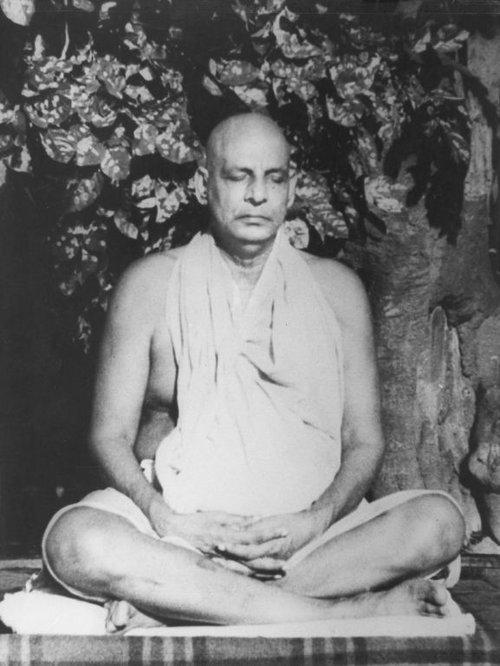 Swami+Sivananda+Saraswati.jpeg