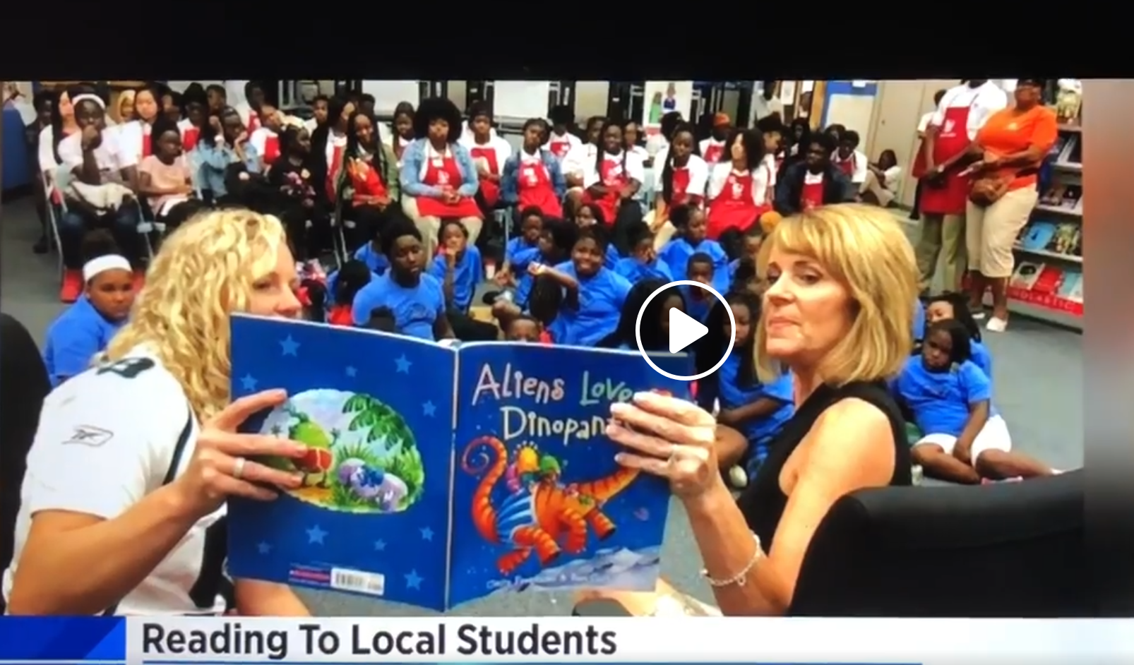 WJXT anchor Mary Baer, First Lady of Jacksonville Molly Curry, and others serve as Celebrity Readers at Read USA July Book Fair News4Jax/WJXT 07/18/2019