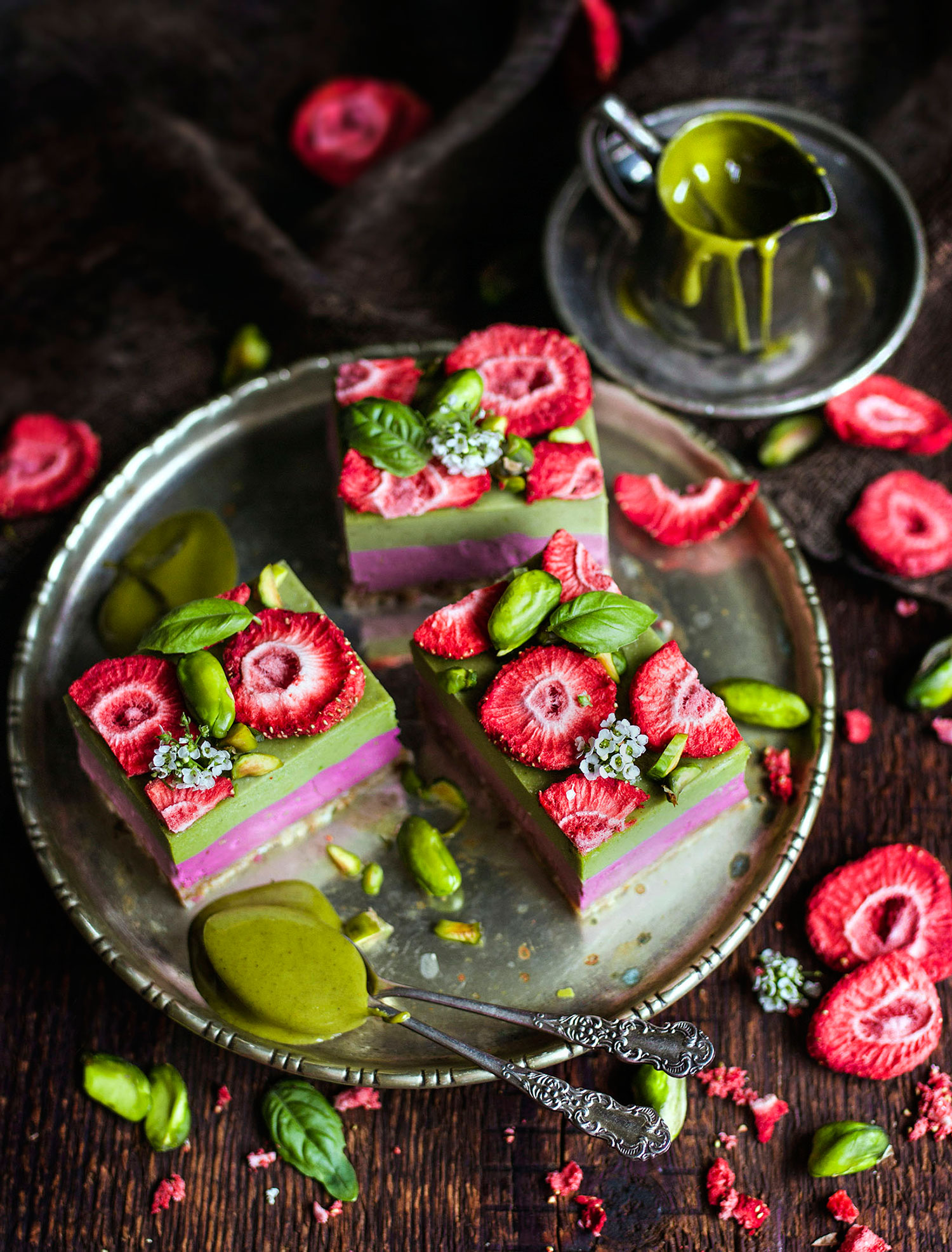 Pistachio And Raspberry Cheesecake Art Raw Paulina Vegan Chef Vegan Recipe Book Food Photographer Vegan Workshops