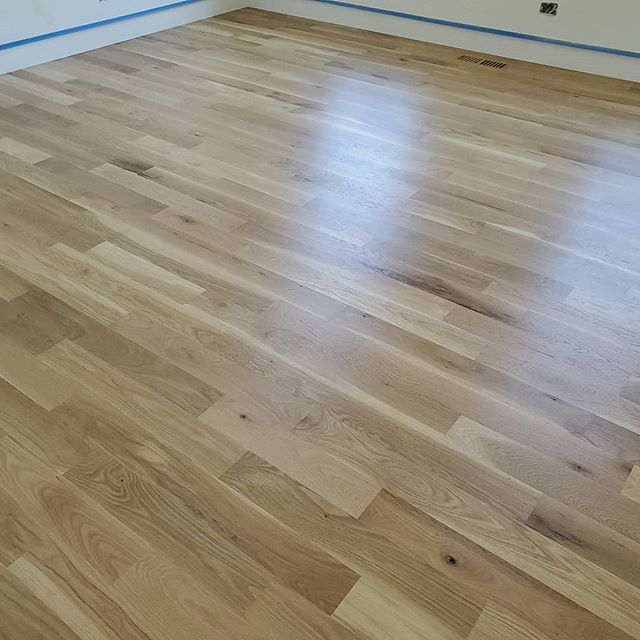 "4"" wide #1 common #whiteoak finish natural with #loba #homeimprovement #floors #hardwood #genevail #stcharlesil"