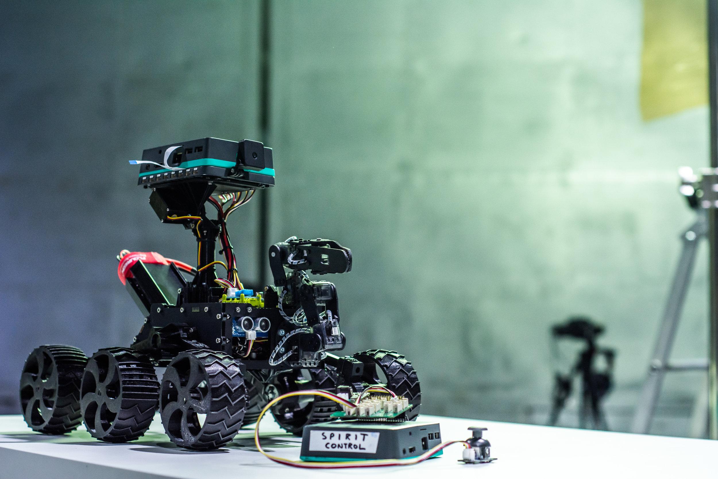 pi-top rover.jpg