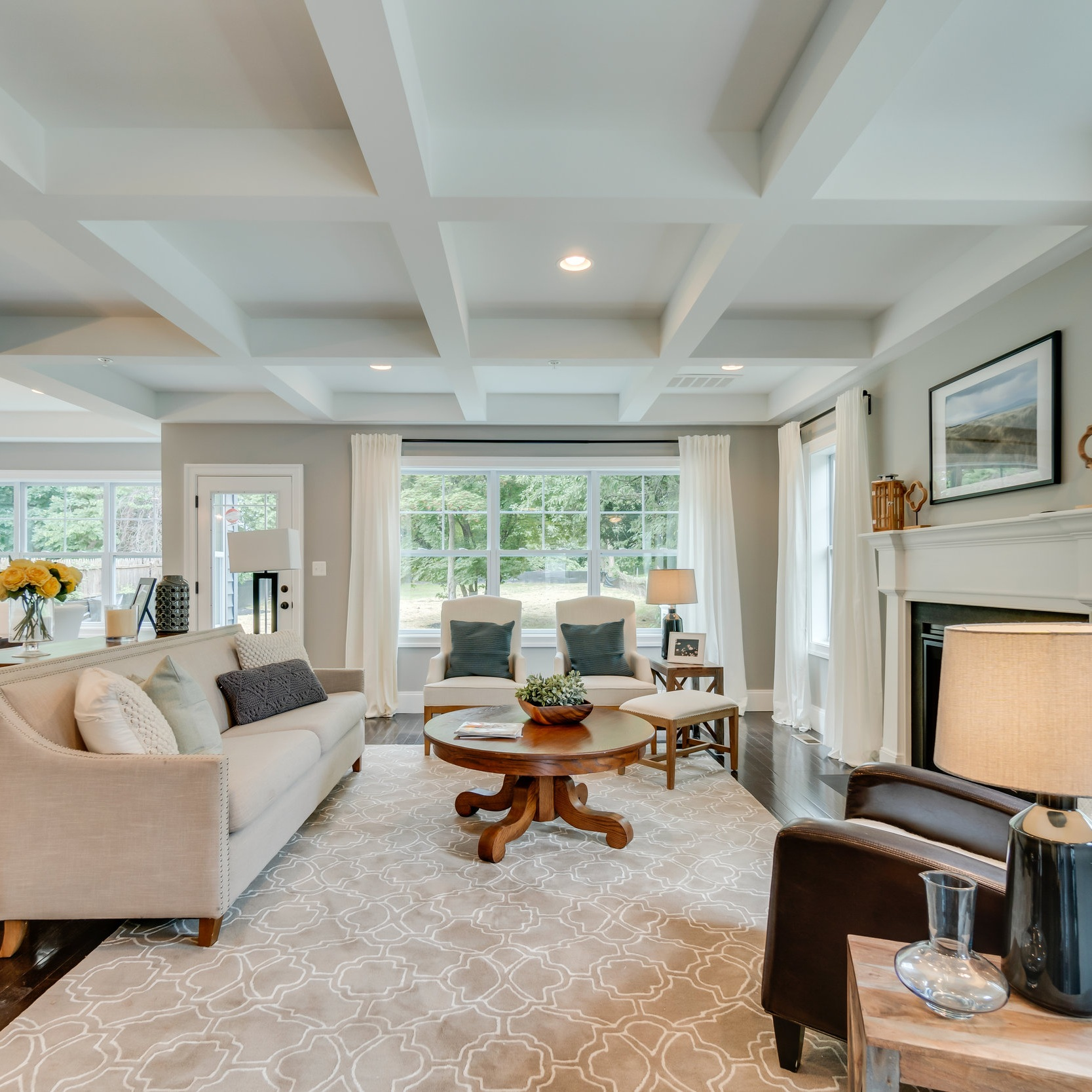 360° Virtual Tour - Bring the home tour to potential buyers. We use HDR images stitched together to give you a full, panoramic tour of your entire property for use on Google Maps and social media.