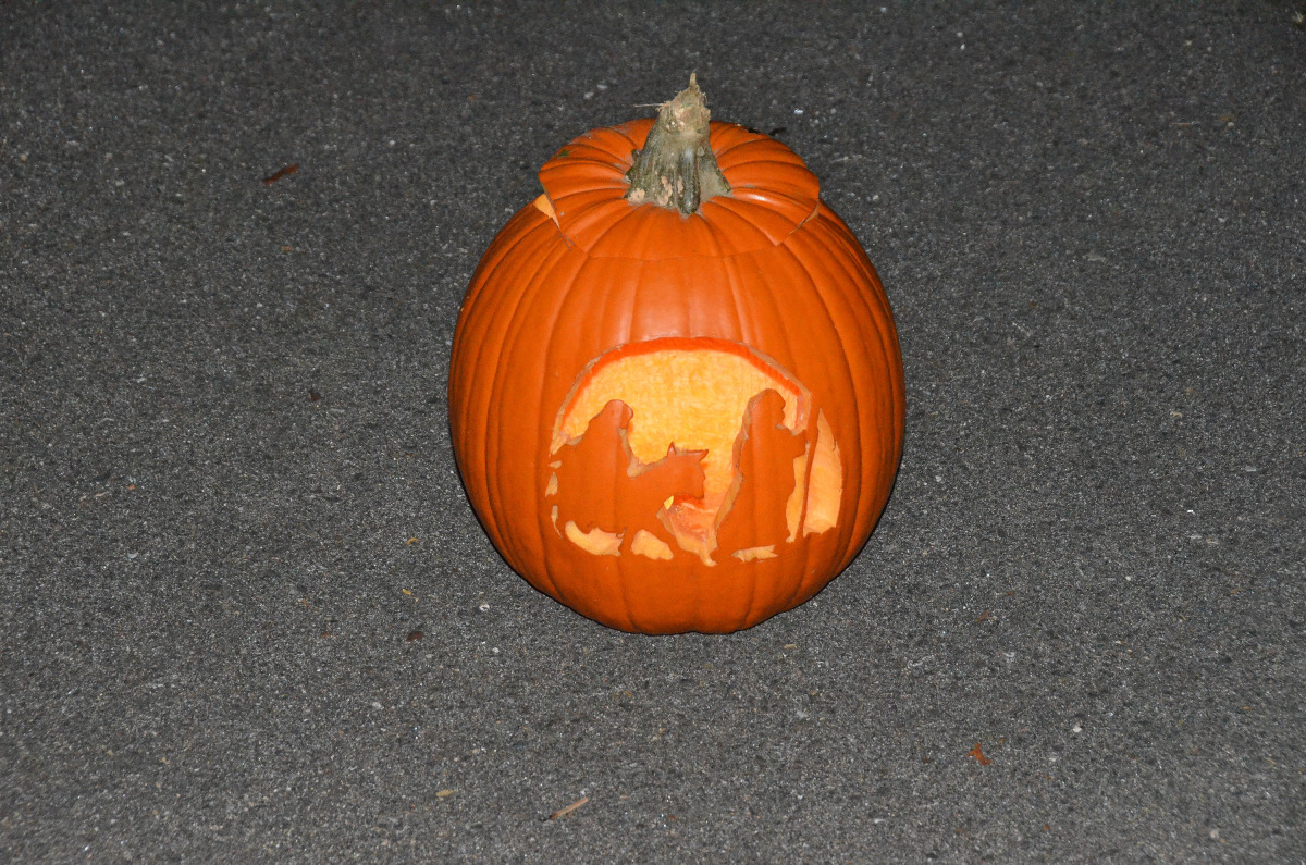 lit pumpkins.jpg