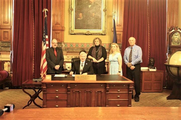 NDOR 2017 Iowa Signing.jpg