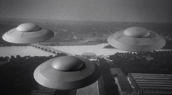 A clip from 'Earth versus the Flying Saucers' movie, 1956 (Columbia Pictures)