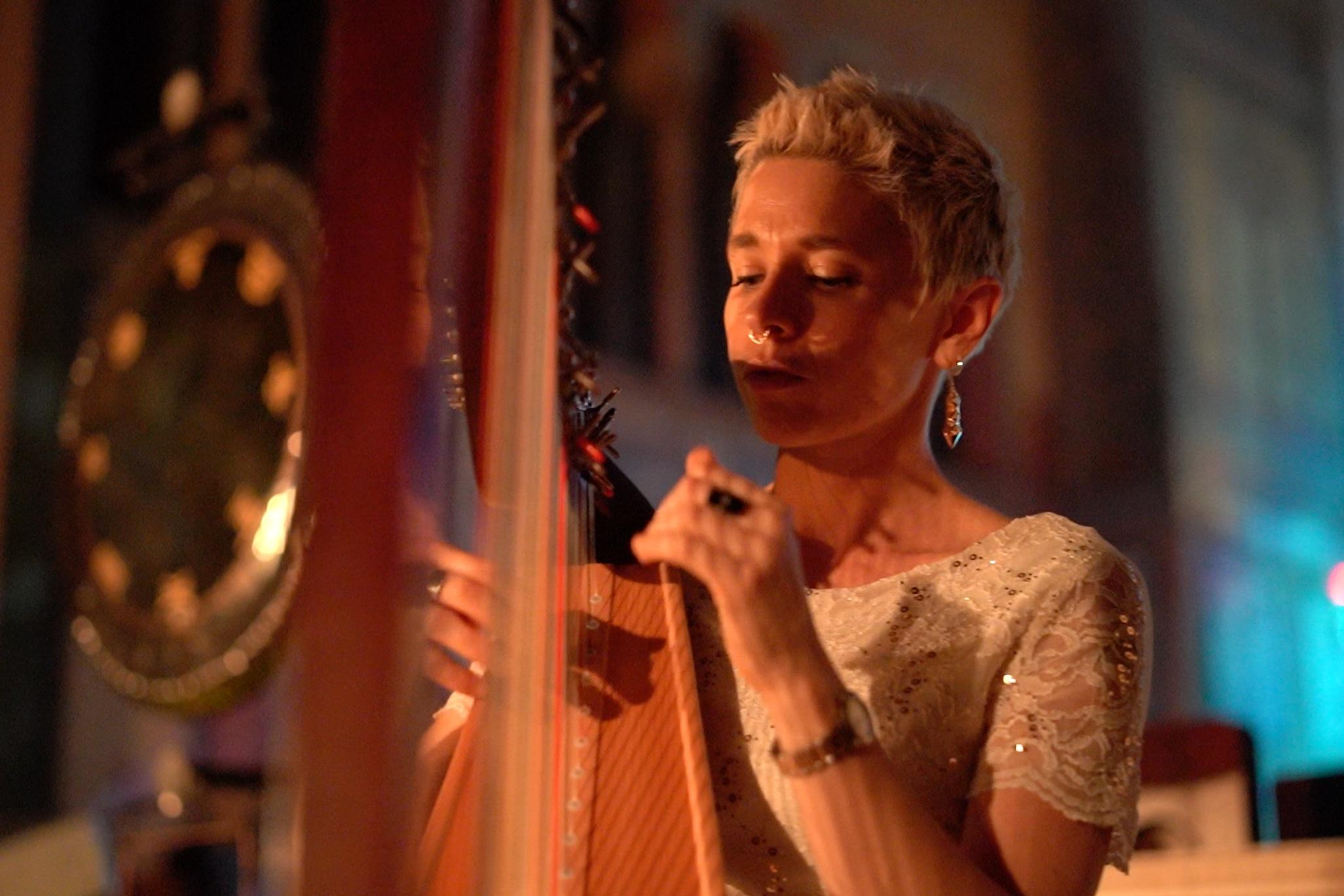 Caroline Campbell - Harpist, Intuitive Sound Healer, Psych Student, Reiki Masterinstagram.com/harpimpressions