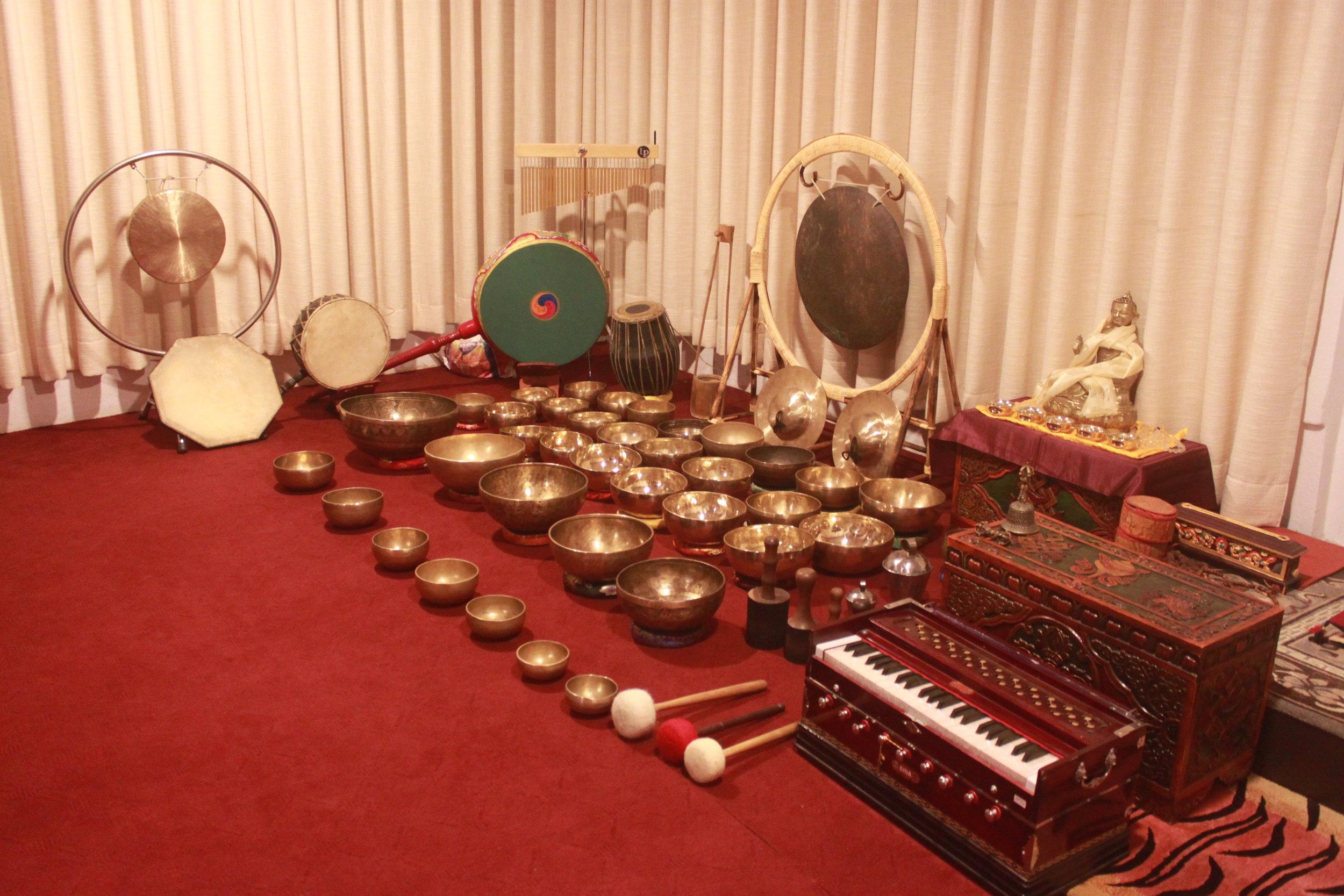 divine yoga with singing bowl healing.JPG