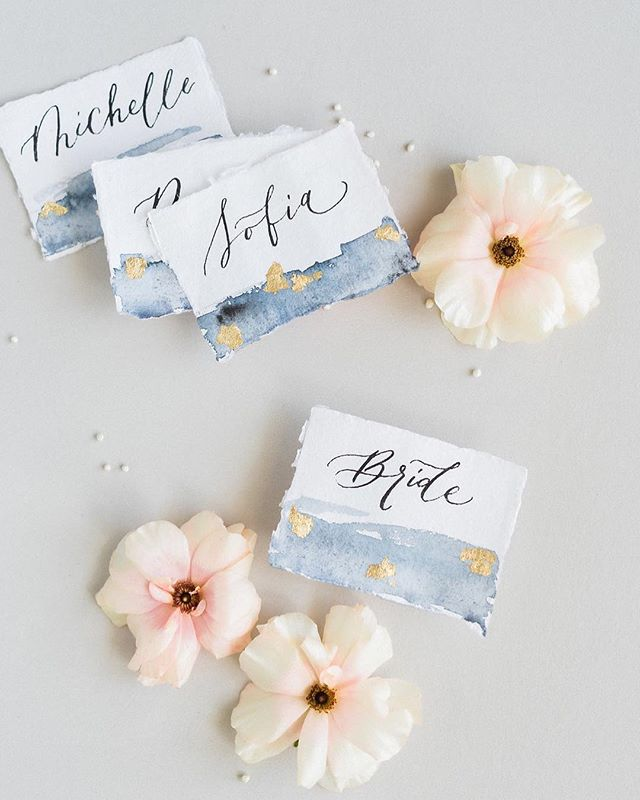 Love the gold flakes on these hand-lettered place cards from @kelly_patrice ✨ . . Planning & Design: @starhansenevents  Venue: @maliboulakelodge  Photography: @anyakernes  Rentals: @partypleasers  Beauty: @cheektocheekartistry  Cake and Sweets: @deliciousartistry  Cocktails: @chefcordelia  Stationery & Calligraphy: @kelly_patrice  Florals: @mulberryandmoss  Models: @anisadiaz5678 @alexgitoffthemoon  Styling Bowls: @simplethingsla  Shoes: @bellabelleshoes  Videography: @boffovideo  Jewelry: @trumpetandhorn  Runner: @latavolalinen  Tux: @stitchandtie  Gown: @jlmcoutureofficial @jlm_couture @jlmboutique @misshayleypaige