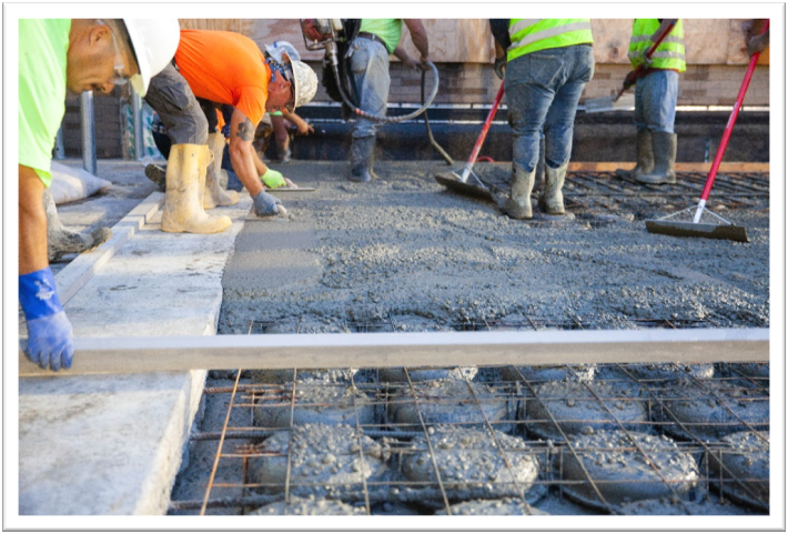 Matching Floor Heights  — The use of a voided slab system reduced necessary floor-to-floor heights and permitted the new medical office building to align with the floors of the existing structure.