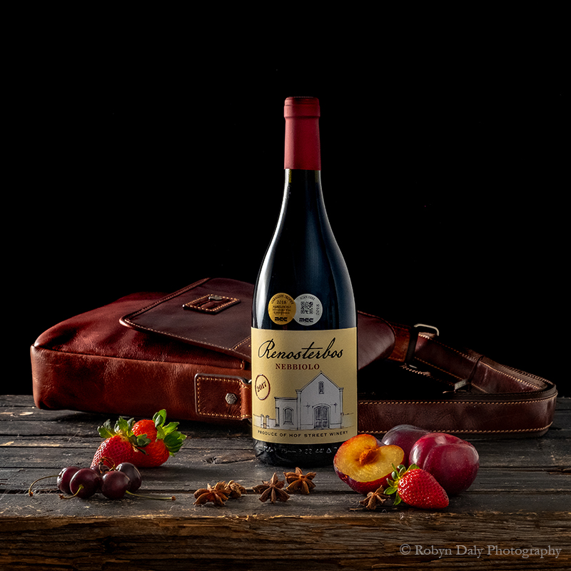 ROBYN-DALY-WINE-AND-BOTTLE-PRODUCT-PHOTOGRAPHY-3683.jpg