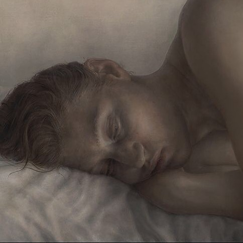 #TBT White Pillow (detail) from probably 2007, when I used real models. #realistart #realism #realistpainting #oldmastertechnique #layerpainting #reclining #portraitpainting #hyperrealism