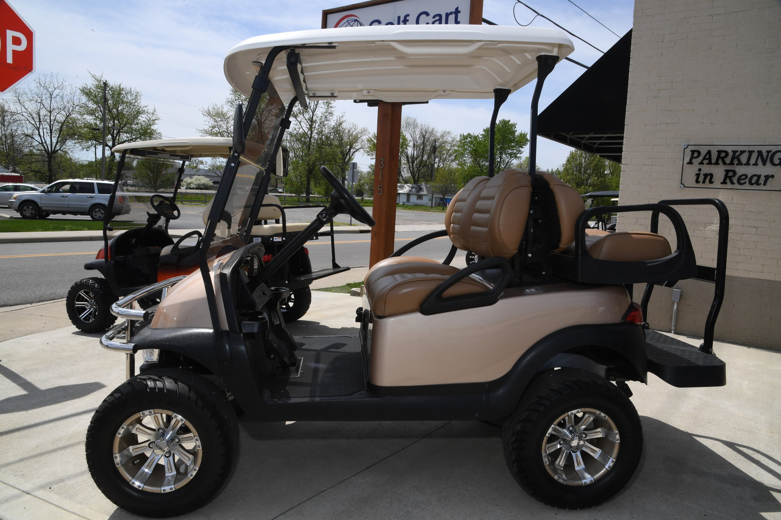golf cart world 045.JPG