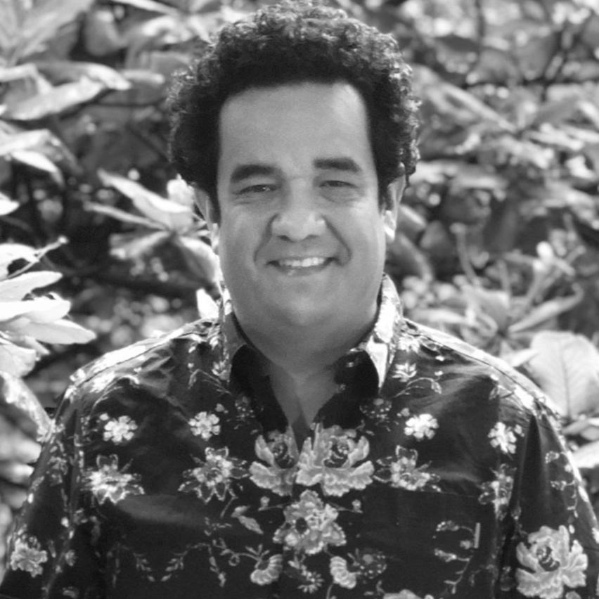 Carlos Andrés Betancur    C.    Arquitecto, Magíster Diseño del Paisaje. Profesor Taller de Proyectos Facultad de Arquitectura UPB. Betan es Codirector de Diseño, Director de Paisaje y de Gestión de Innovación y Conocimiento.   Architect, Master on Landscape Design, Universidad Pontificia Bolivariana. Professor at the Faculty of Architecture UPB. Co-Director of Design, Director of Landscape Architecture, Innovation, and Knowledge Management.