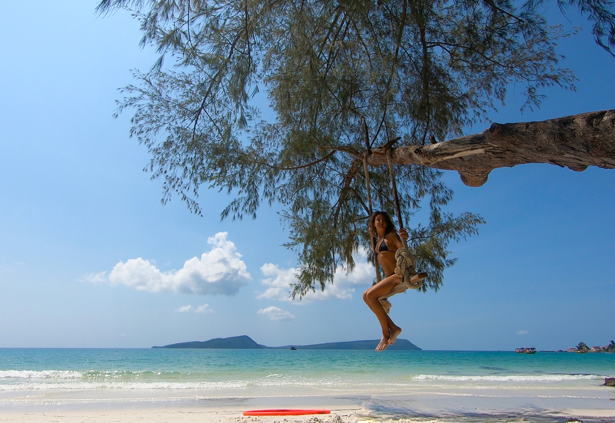 jungle-hooping-location-beach-swing.jpg