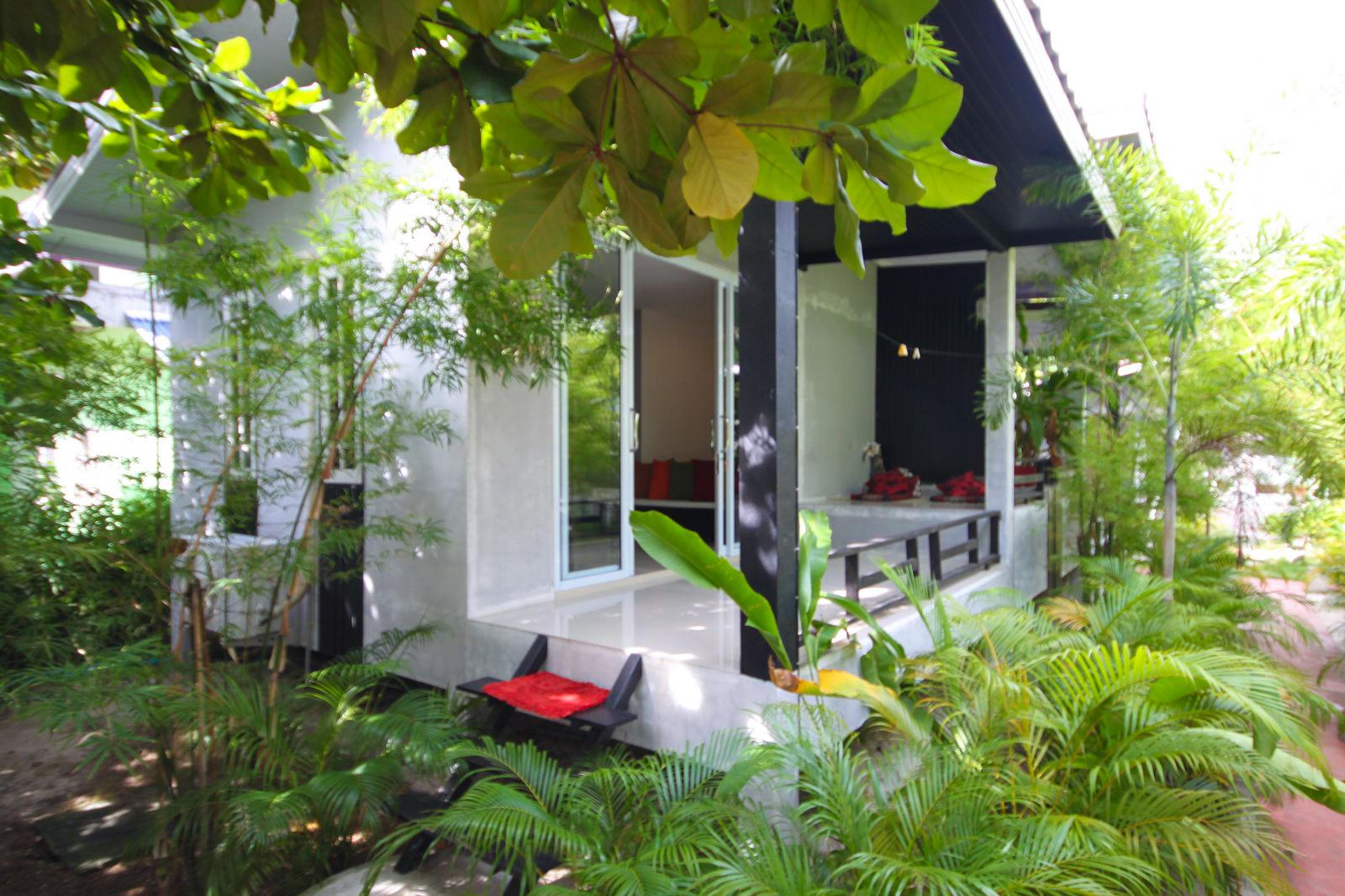 jungle-hooping-koh-pangan-thailand-resort-location_Numero seriale a 2 cifre_1.JPG