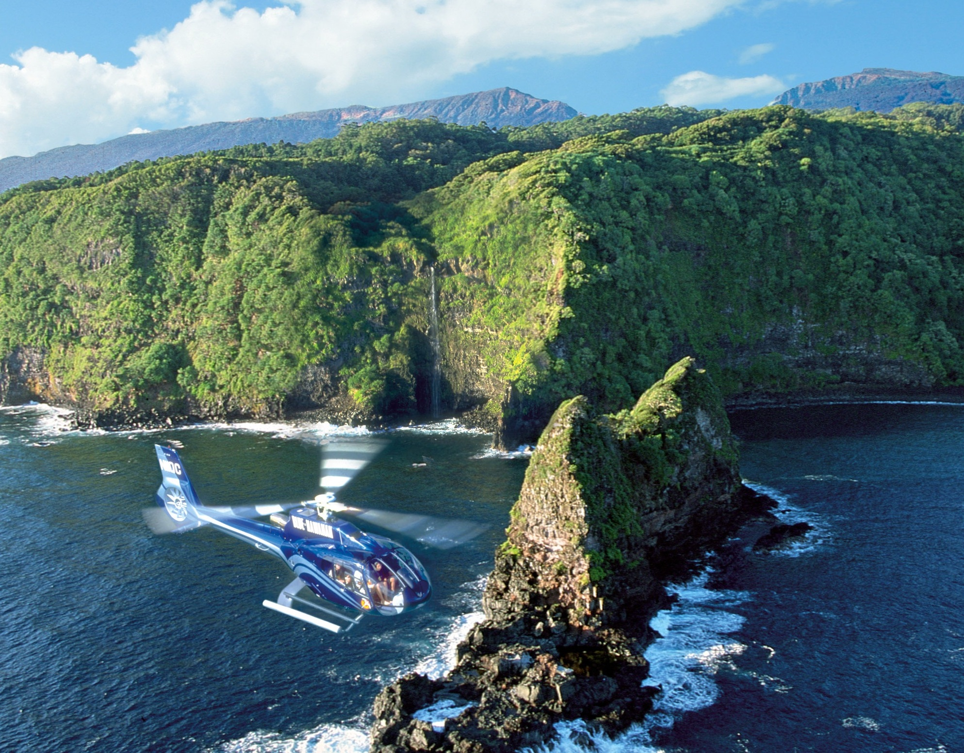 Jurassic Rock - Keopuka is often called Jurassic Rock because it appeared in the beginning scene of Jurassic Park. The best way to see this area is by air because there is a beautiful waterfall behind which you cannot see from land. The Complete Island helicopter Tour features this scenic area.