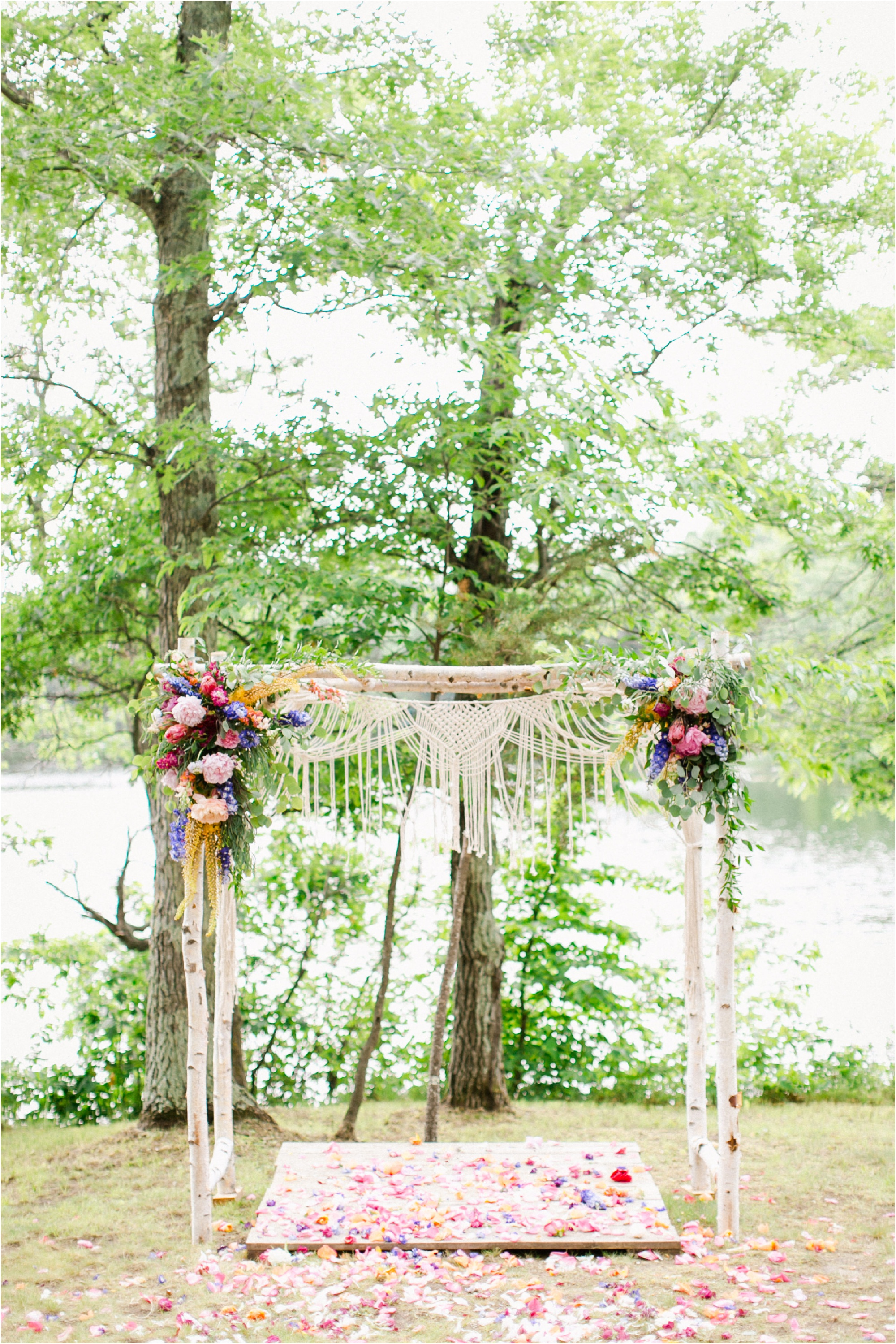Wedding Photography Brainerd MN Aimee Jobe Photography Private Lake Residence Bloom Designs_0010.jpg