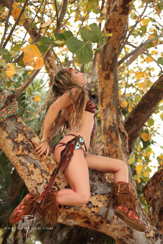 RobynChance_TreeHugger_web.jpg