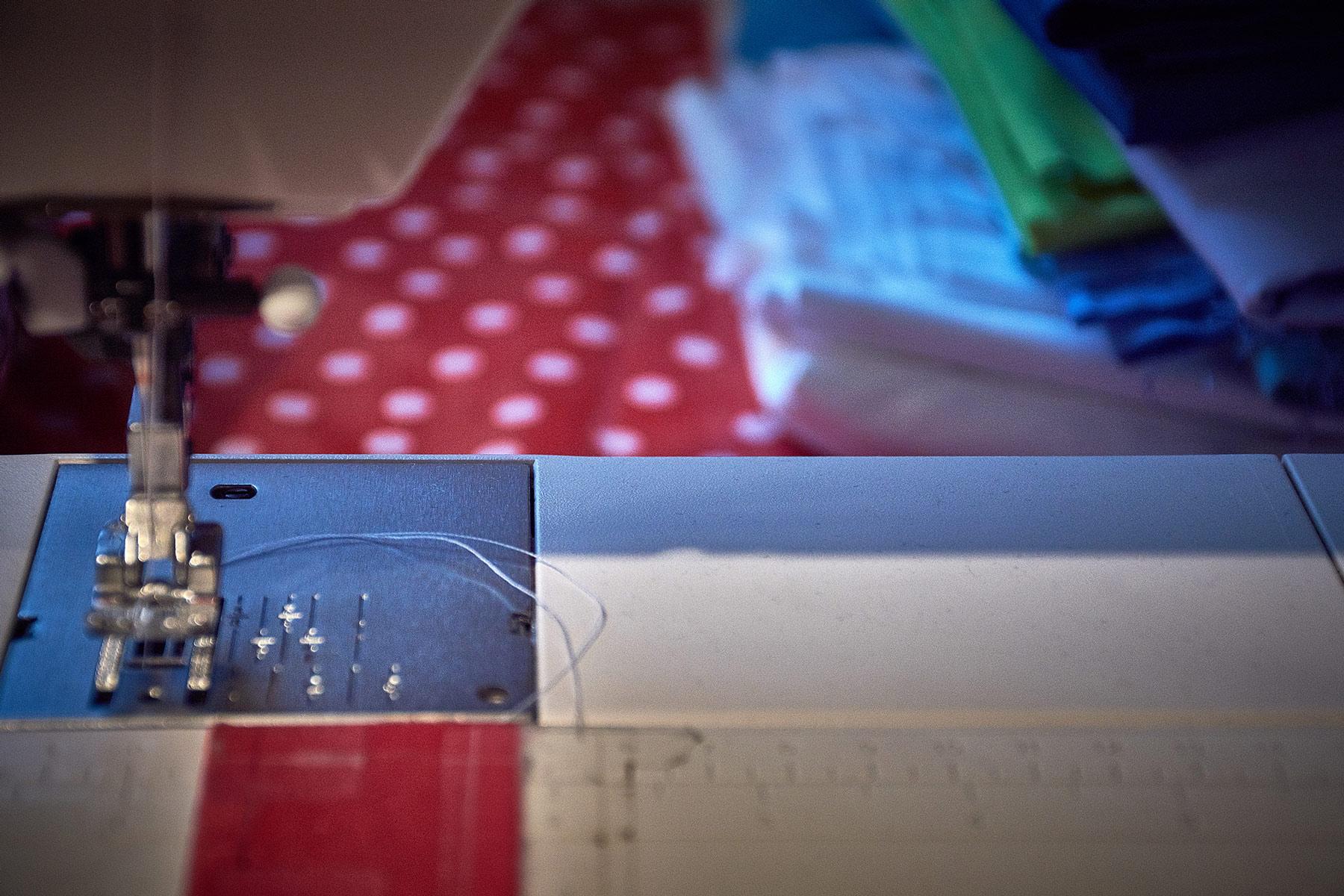 Sewing_machine_workhorse.jpg