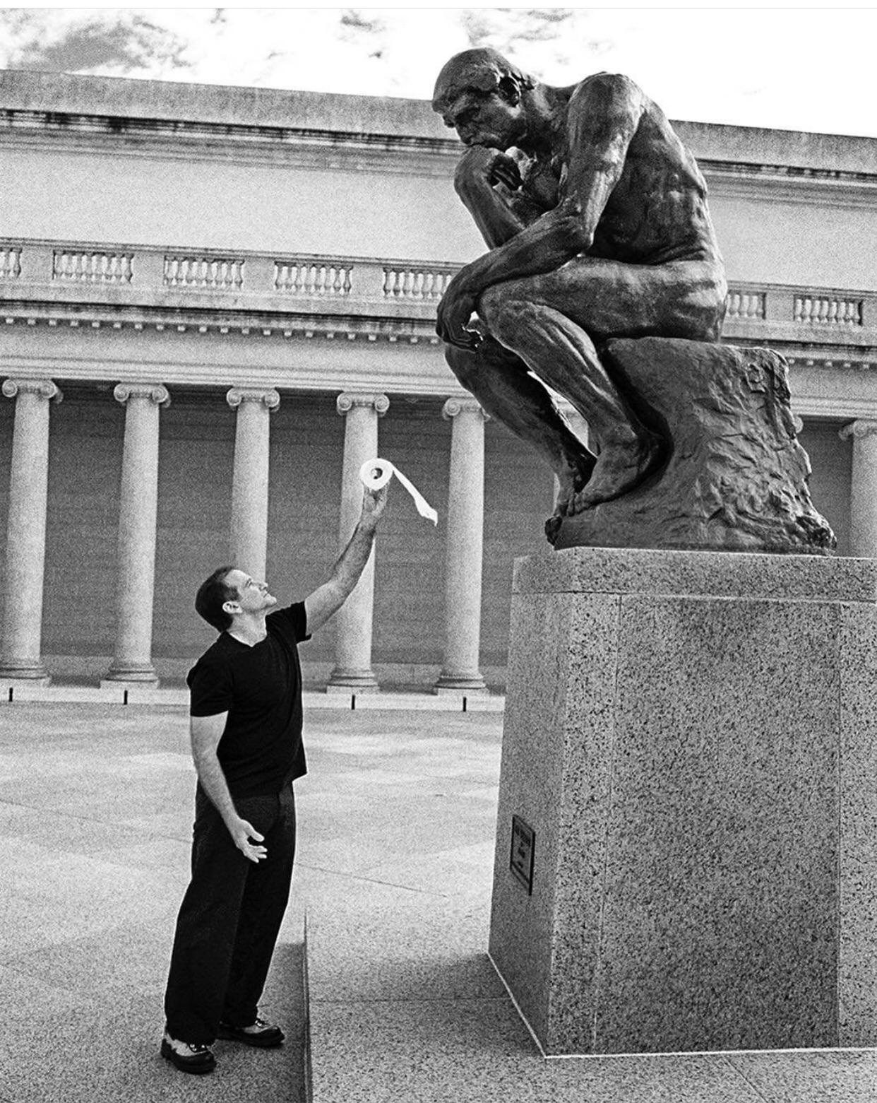 Robin Williams Offers TP to Rodin's  The Thinker .