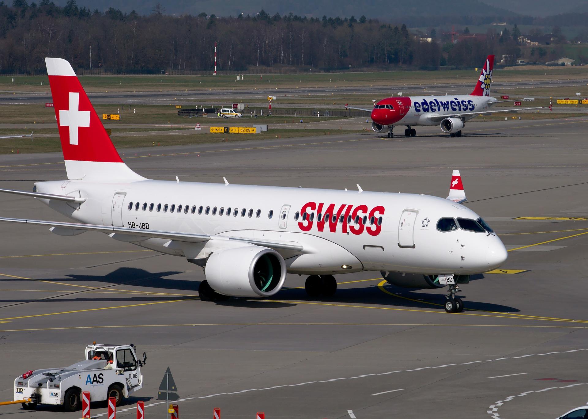 Photo:  Bombardier CS-100