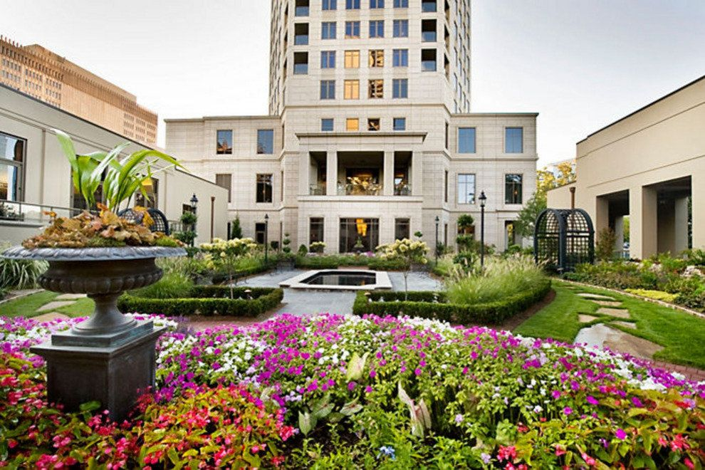 Waldorf Astoria Garden Flowers.jpeg