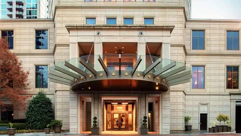 Waldorf Astoria Front Exterior.jpg