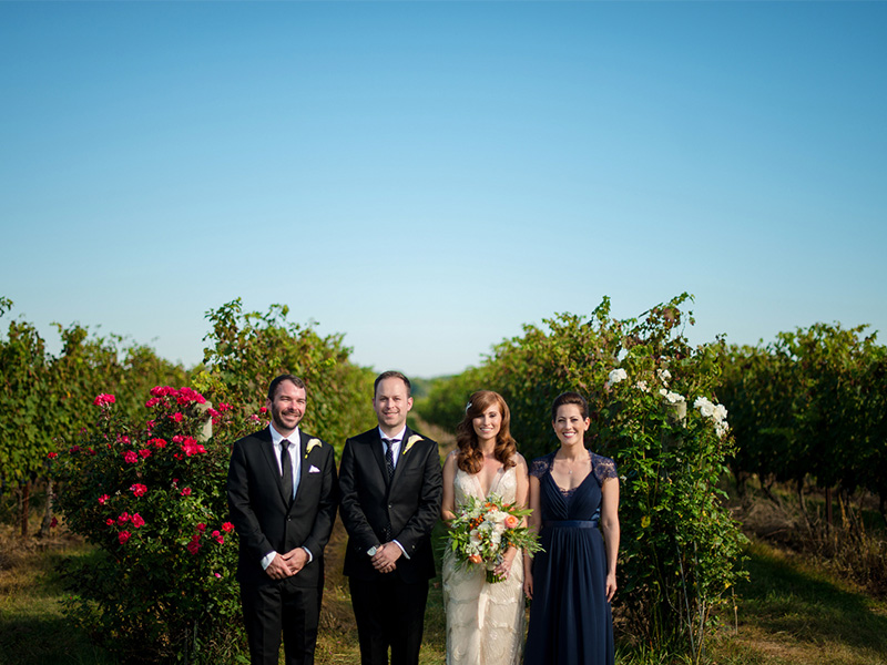 RR_800x600_redhead bride and groom in vineyard.jpg