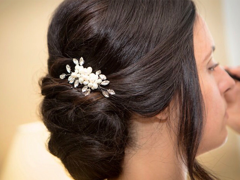 RR_800x600_chayna_hairpiece closeup.jpg