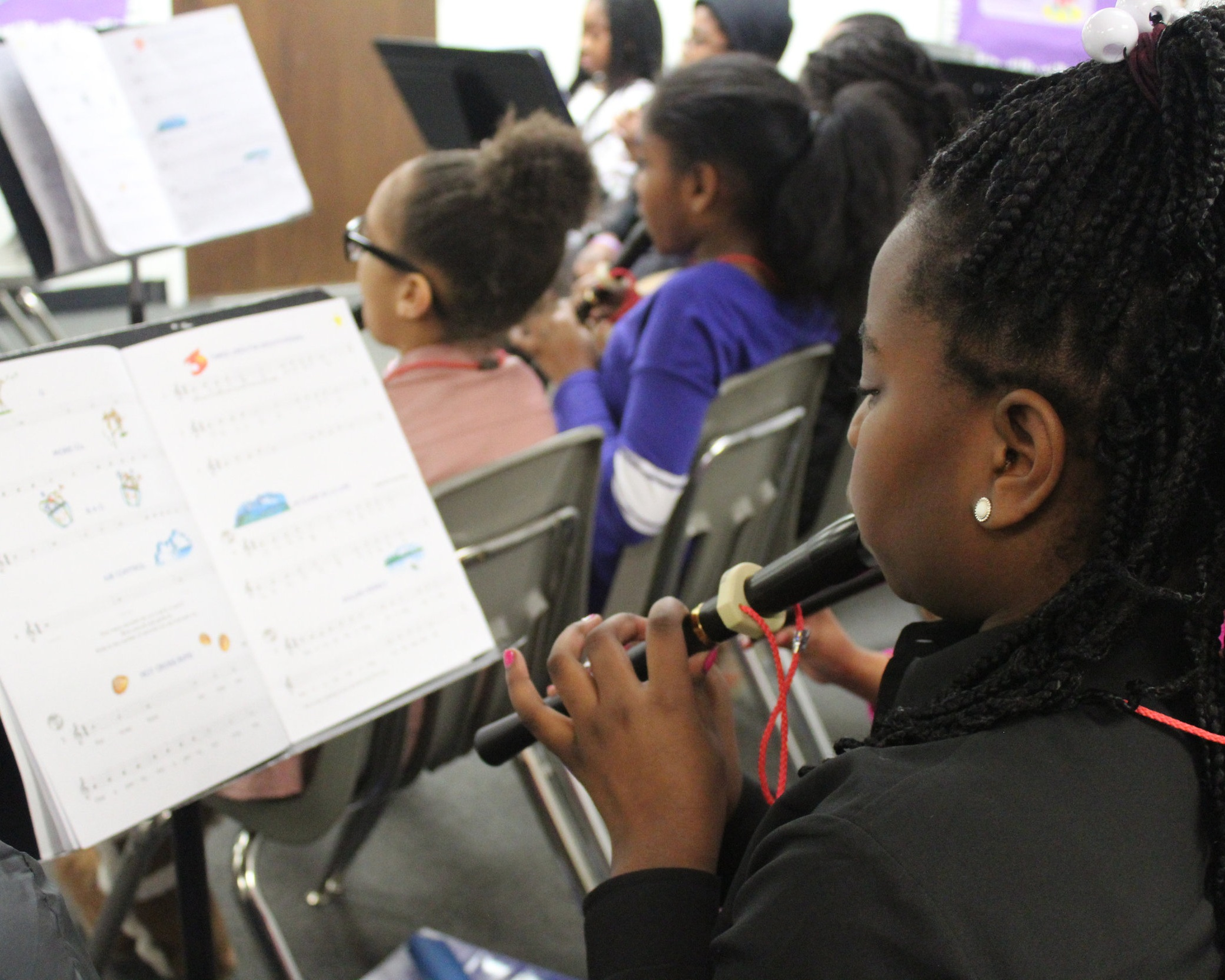Musical Arts - Lower School students participate in music classes twice weekly and learn the basics of music through singing, a variety of musical instruments including percussion instruments. Fourth graders begin to learn the recorder and our fifth graders lead our weekly chapel worship time each week, providing a strong musical foundation for the future.