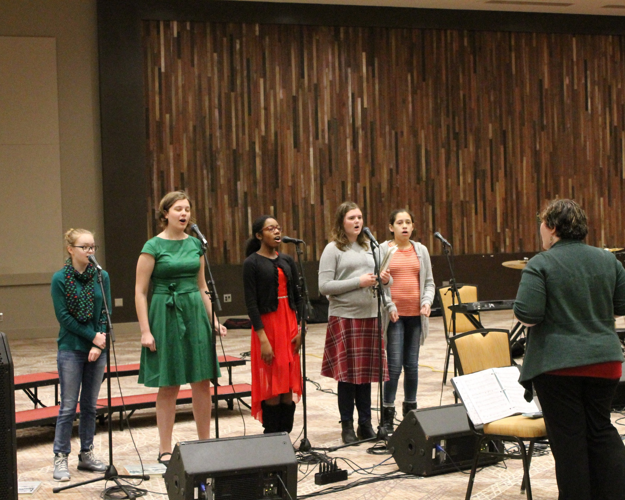 Musical Performances - Our Choir is active and vibrant, performing multiple times a year and participating in a variety of styles. Students also have the opportunity to participate on our worship team which leads our Upper School Chapel services weekly.