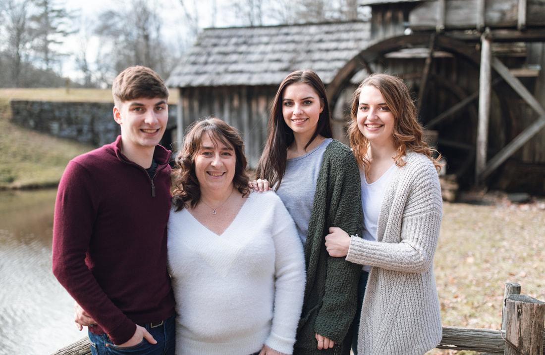 mabry-mill-family-photos123_orig.jpg